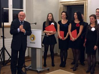 Veľvyslanec SR v Bruseli Stanislav Vallo otvoril výstavu.