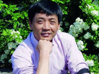 Cao Wenxuan, China,  Laureate of H. C. Andersen Award for Literature 2016