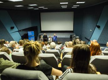 Uvedenie filmu Červená korytnačka autorom Michael Dudok de Witom, s úvodom filmového historika Giannalberta Bendazziho