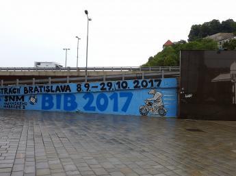 Na BIB pozýva aj grafity Matúša Maťátka na Moste SNP