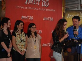 Vyhlasovanie víťazov v kategórii študentských filmov na Radnici mesta Annecy. Členky poroty: Veronika Ivaničová (SK), Amélie Giron a Anna Maria El Helou (FR), Sofia Vöröšová (SK)