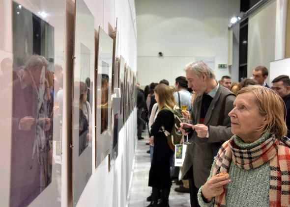 The exhibition of Russian and Slovak illustrators awarded at BIB.